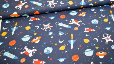 Baumwolle Space Astronaut mit Raketen & Planeten