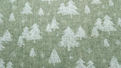 Tannen, pastellgrüner Weihnachtsstoff mit weißen Tannenbäumen